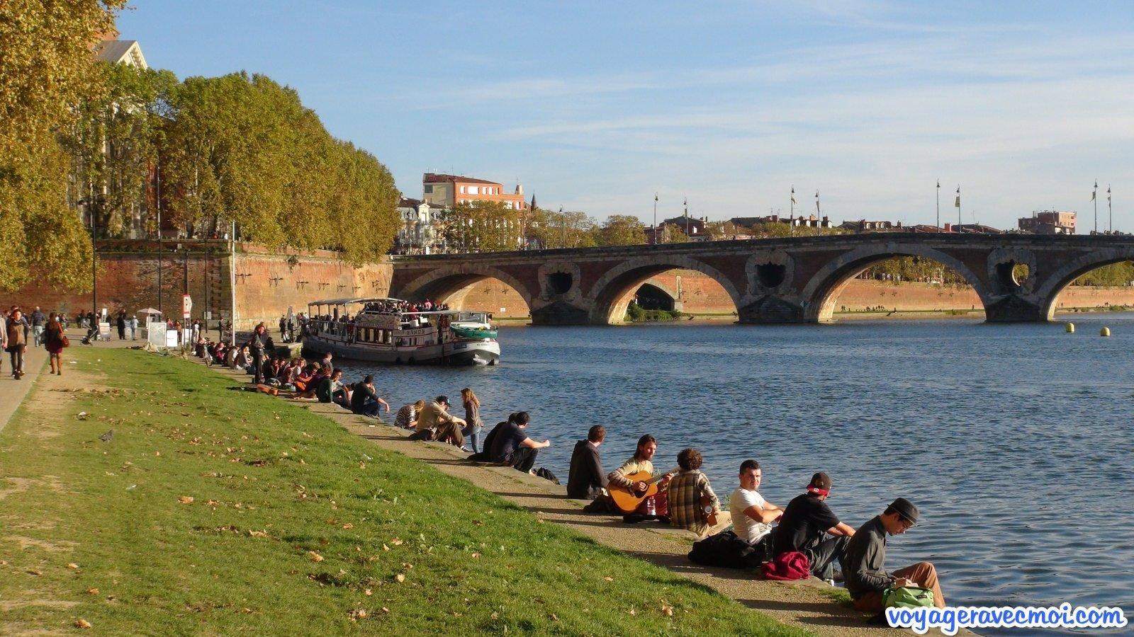 toulouse entre balade et patrimoine ForBalade Sur La Garonne Toulouse