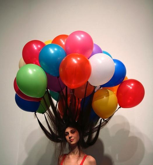 hairdo-w-balloons-myeongbeom-kim