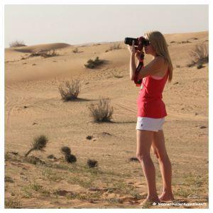 La photographe photographiée, désert de Dubaï - 2013