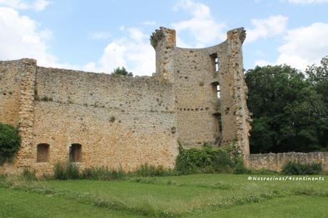 La cour intérieure du château de la Madeleine