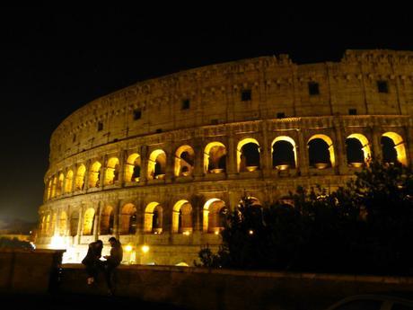 Le Colisée la nuit