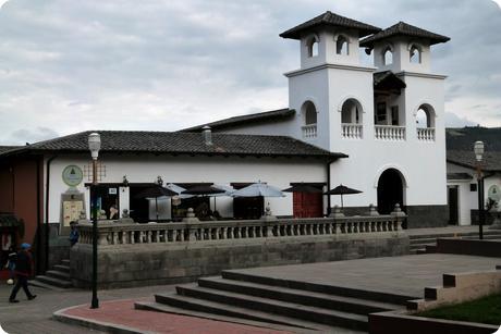 Latitude 0°, 0′, 0″ : on a marché sur la ligne de l'Équateur