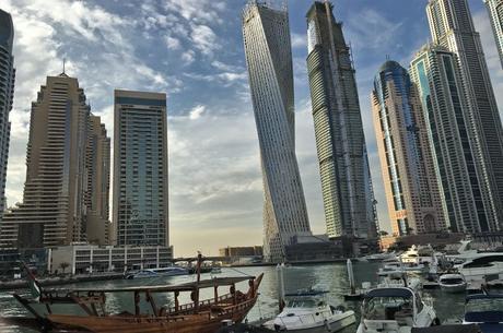 rencontres Dubai Expat datant d'un homme de 50 ans qui n'a jamais été marié