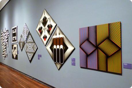Exposition temporaire d'Omar Rayo au Museo nacional de Colombia de Bogotá