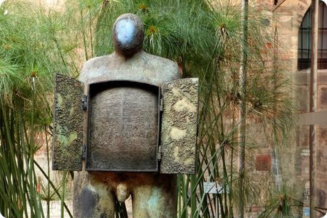 sculpture dans le patio du Museo nacional de Colombia de Bogotá