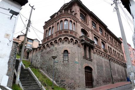 bâtiment sur la calle benalcazar et esmeraladas de Quito