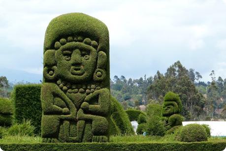figure verte au cimetière de Tulcán