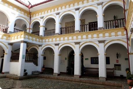 patio du musée arquidiocesano de Popayán