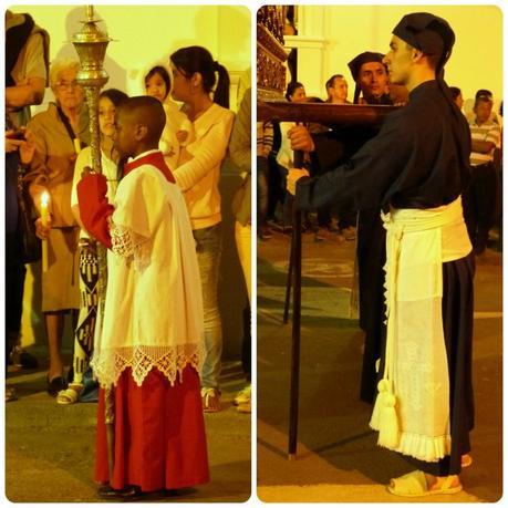 2 personnes défilant durant la Semana Santa de Popayán