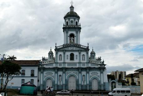 Temple San Felipe Neri bleu et blanc de Pasto