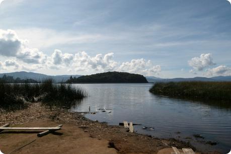 L'île de la Corota à la lagune de la Cocha à Pasto
