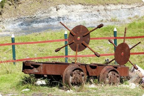 machine d'ouvriers ramenant le sel à la mina de sal de Nemocón