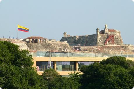 Vue sur le château San Felipe de Barajas depuis le lieu de la statue India Catalina à Carthagène