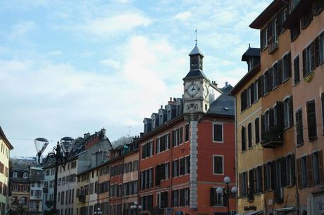 chambéry savoie vieille ville place saint-léger