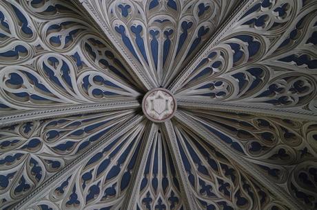 chambéry savoie vieille ville cathédrale trompe l'œil