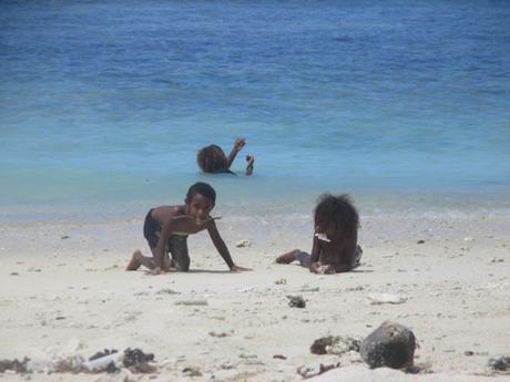 enfants plage Vanuatu