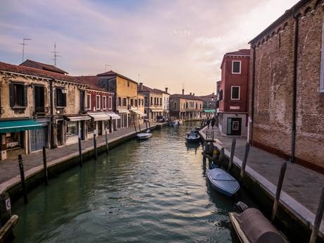ITALIE | Burano, l'île aux mille couleurs