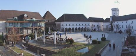 ljubljana château cour intérieure