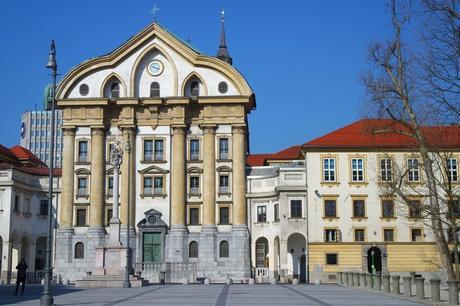 ljubljana place congrès Kongresni Trg église saint trinité