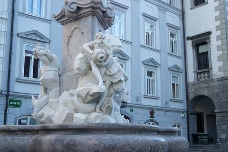 ljubljana Mestni trg fontaine robba trois rivières carniole baroque