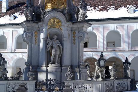 autriche basse-autriche niederösterreich stift abbaye heiligenkreuz wienerwald colonne trinité