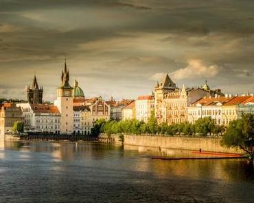 Ô Prague ce n'est qu'un au revoir