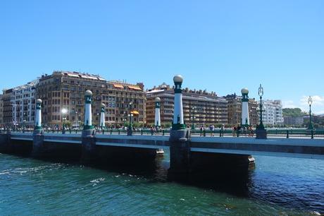 espagne pays basque san sebastian centre-ville pont kursaal