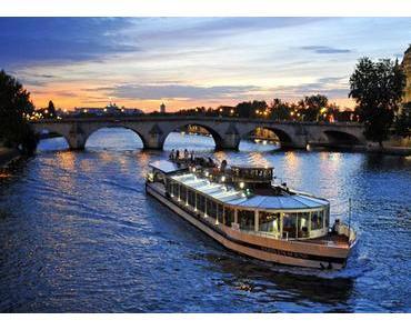 Sortie romantique à Paris : le diner croisière sur la Seine !