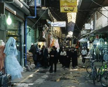 De Téhéran à Tabriz – avec Parvin