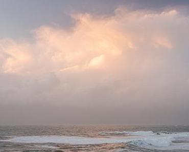 Coucher de soleil hivernal à la côte sauvage.